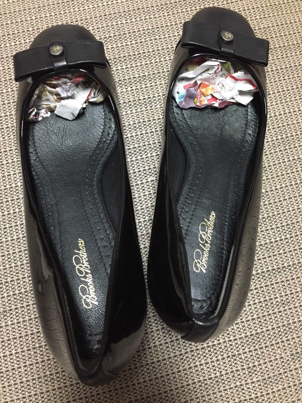 Brooks Brothers Ladies Black Patent Leather High Heel Pumps- Size. 7