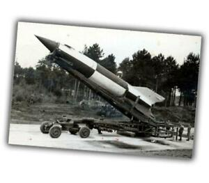 War-Photo-The-German-V-2-preparing-to-launch-ww2-Glossy-Size-034-4-x-6-034-inch