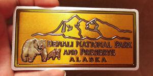 Alaska-Foil-Sticker-Denali-National-Park-and-Preserve-Bears-amp-Mountain