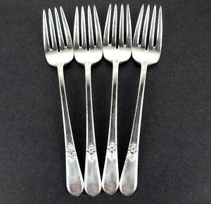4-x-Salad-Dessert-Forks-6-3-4-034-1847-Rogers-Adoration-1939-vintage-silverplate