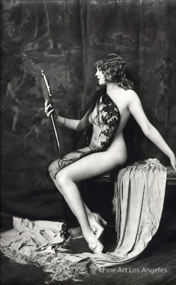 noonesnemesis: Vivian Porter photo by Alfred Cheney