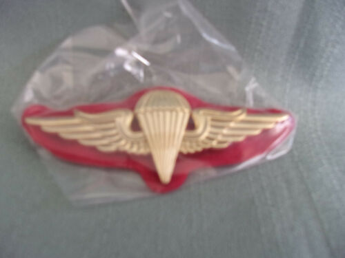 KUWAITJUMP WINGS FOREIGN BADGES