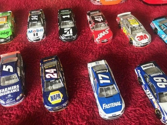 NASCAR Diecast huge collection 1 24 64 64 64 + a piece from practice '12 M & M Car d14406