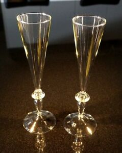 Beautiful-Pair-Of-Hand-Blown-Crystal-Champagne-Flutes