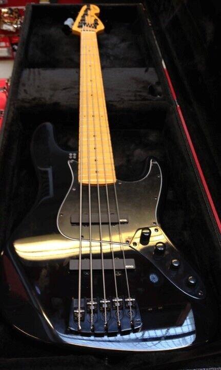 Sandberg Cali 5-strenget Jazz bass