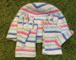 Girls-Hat-And-Gloves-Gap-Size-M