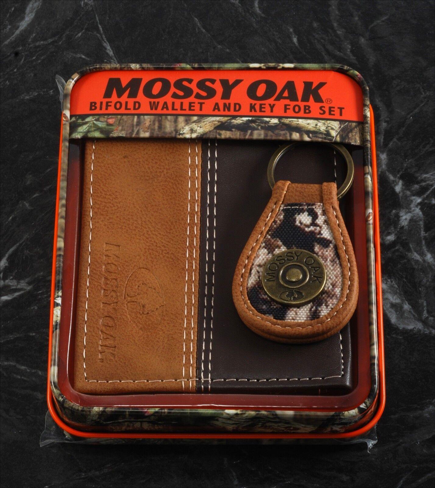 Mossy Oak Key Chain Embossed Bi-Fold Two-Tone Leather Wallet & Engraved in Tin