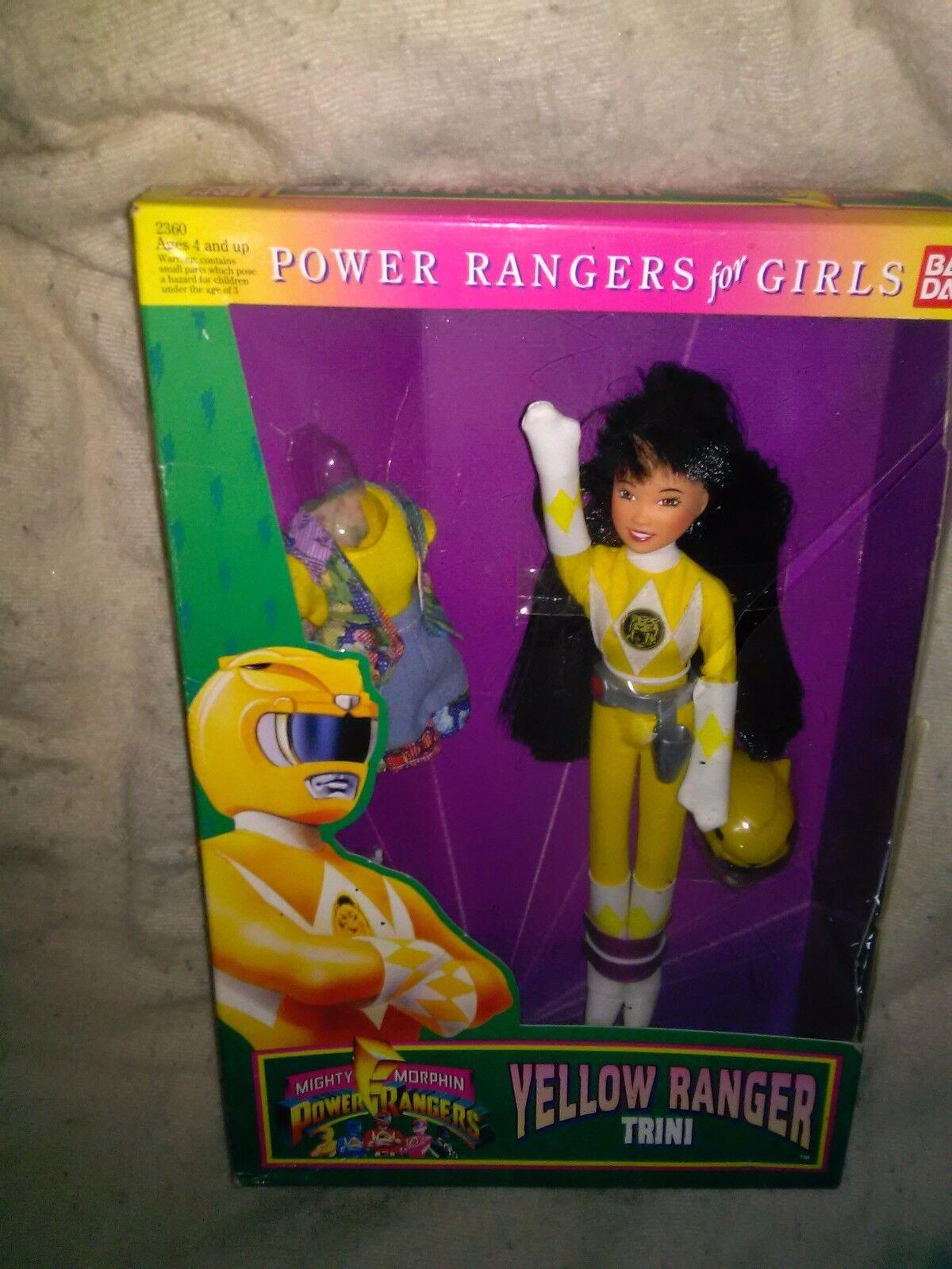 Vintage 1994 TRINI 9  Doll YELLOW RANGER Mighty Morphin Power Rangers MIB