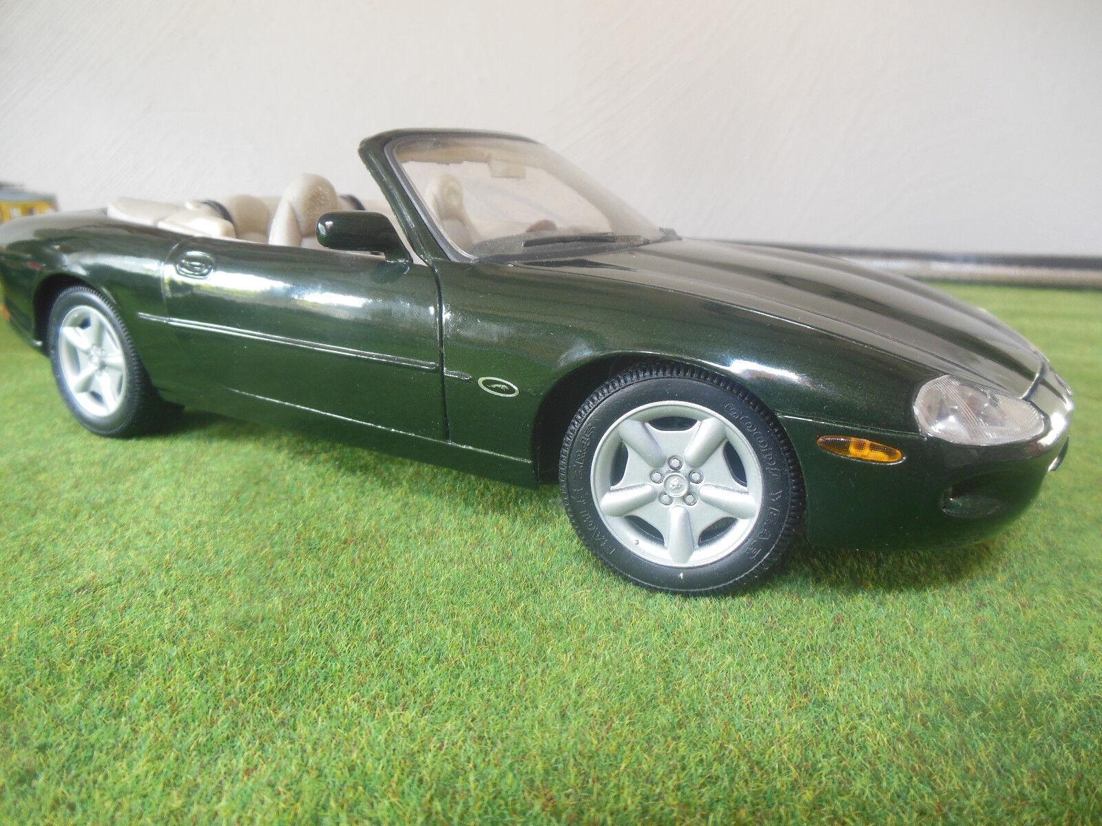 Jaguar XK8, 1 18, Hersteller Maisto, Farbe grün, ordentlicher Zustand  | Großartig