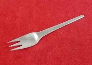 Pastry-Fork-Caravel-Caravelle-by-Georg-Jensen-Denmark-Sterling-Silver-5-5-8-034