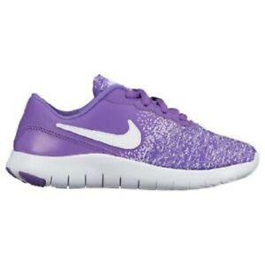 girl purple nike shoes
