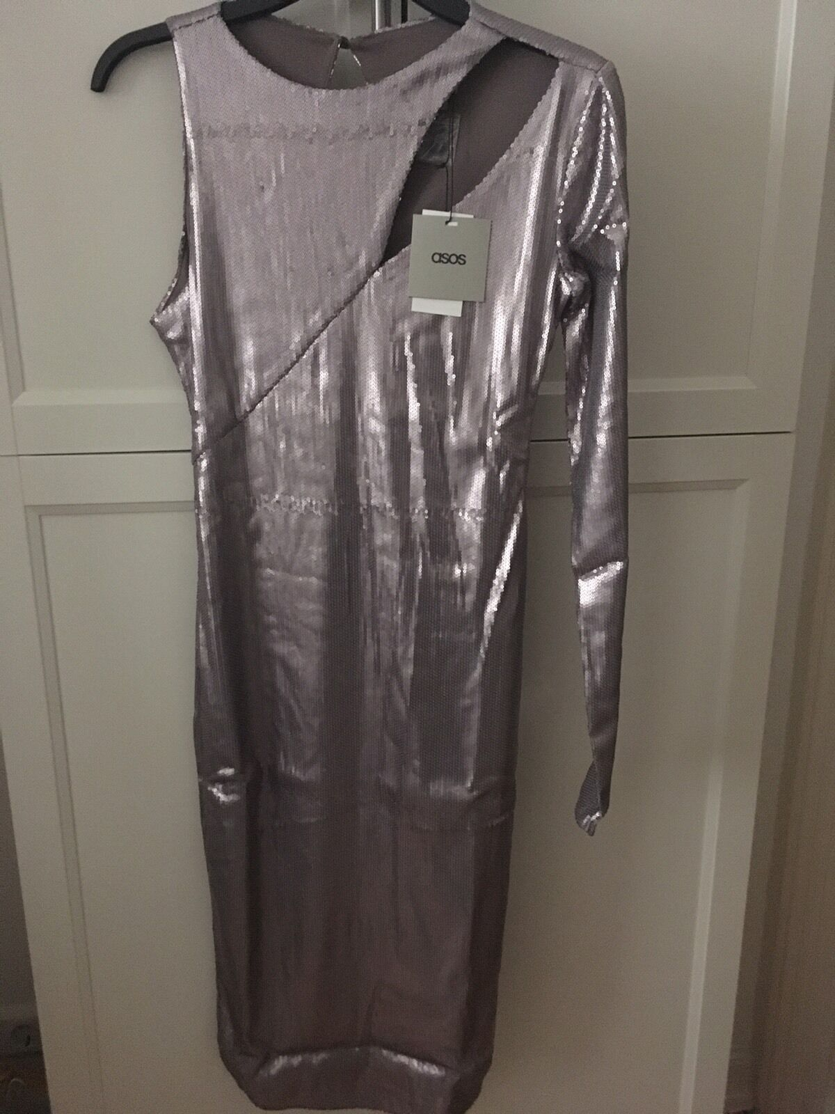 Asos Pailletten Kleid Schulterfrei Silbermatt Gr 40 Midi Party Club Neu