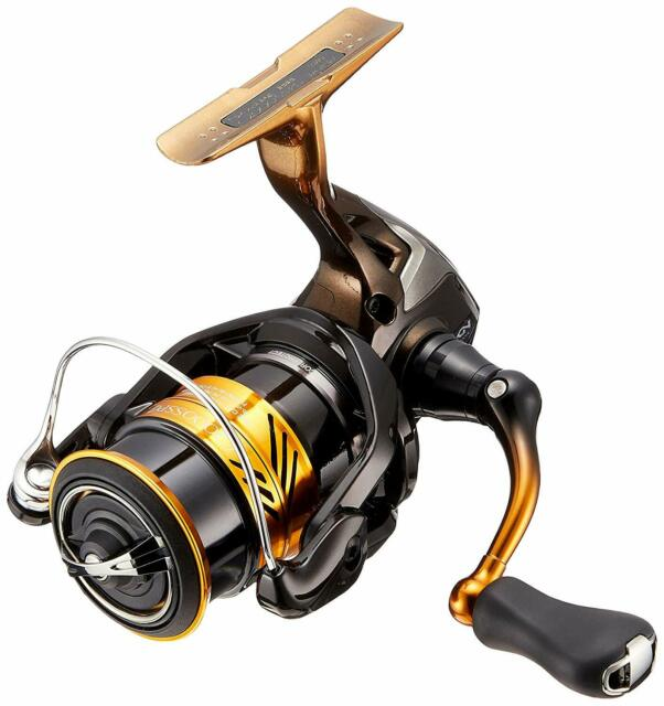 NEW Shimano C3000M Spinning Reel 14 Exsence BB  Saltwater Sea Bass from JAPAN