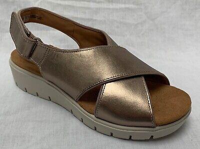 BNIB Clarks Unstructured Ladies Un Saffron Sage Nubuck Leather Flat Sandals