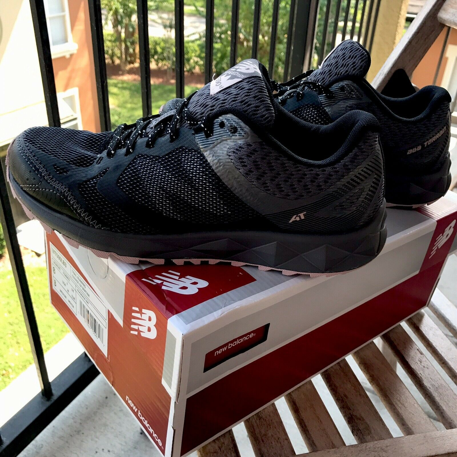 NEW BALANCE Women 590v3 Trail Running shoes Mesh Sneakers 8US Black & Pink NEW