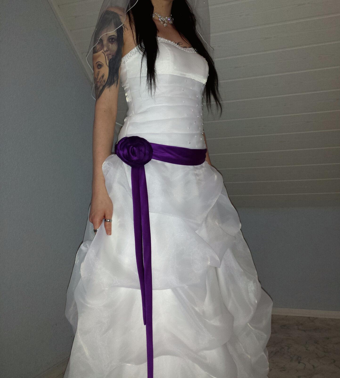 Brautkleid in Elfenbein mit Schleier - Größe S    | Realistisch  | Ausgezeichnete Leistung  | eine große Vielfalt  d15200