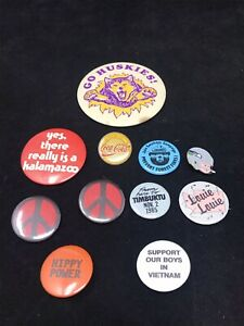 VTG-Pins-amp-Button-Collection-of-10-Coke-Peace-Hippy-Smokey-Bear-UW-Seahawks