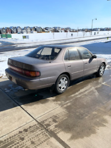 1993 Toyota Camry - Great Condition - Low KMS
