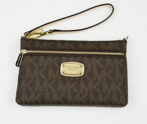 Michael Kors Brown Jet Set Signature PVC Large Wristlet 35F11GJSW3B
