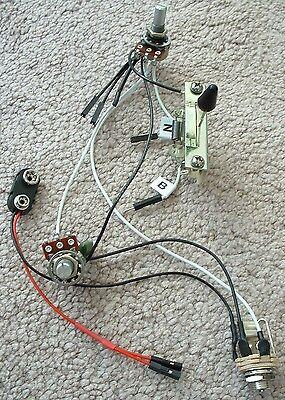 Solderless EZ-INSTALL Wiring KIT for 2 ACTIVE EMG Pickups 1V1T 3-Way F White NEW