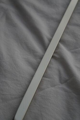 Edelstahl Bordüre Profil Glänzend 1,5 x 60 cm Fliesenschiene Matte Fliesen B997