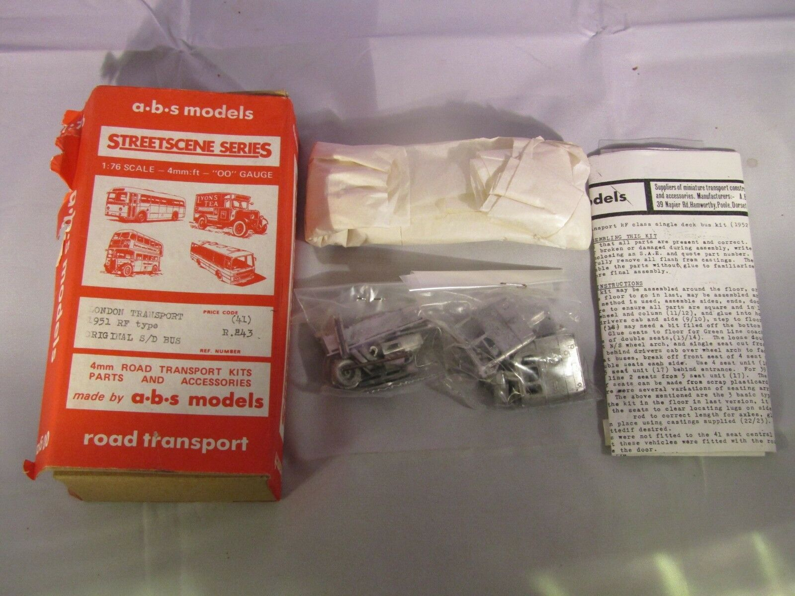 Vintage A.B.S. Models R243 London Transport 1951 RF Type OO Scale UNPAINTED Kit