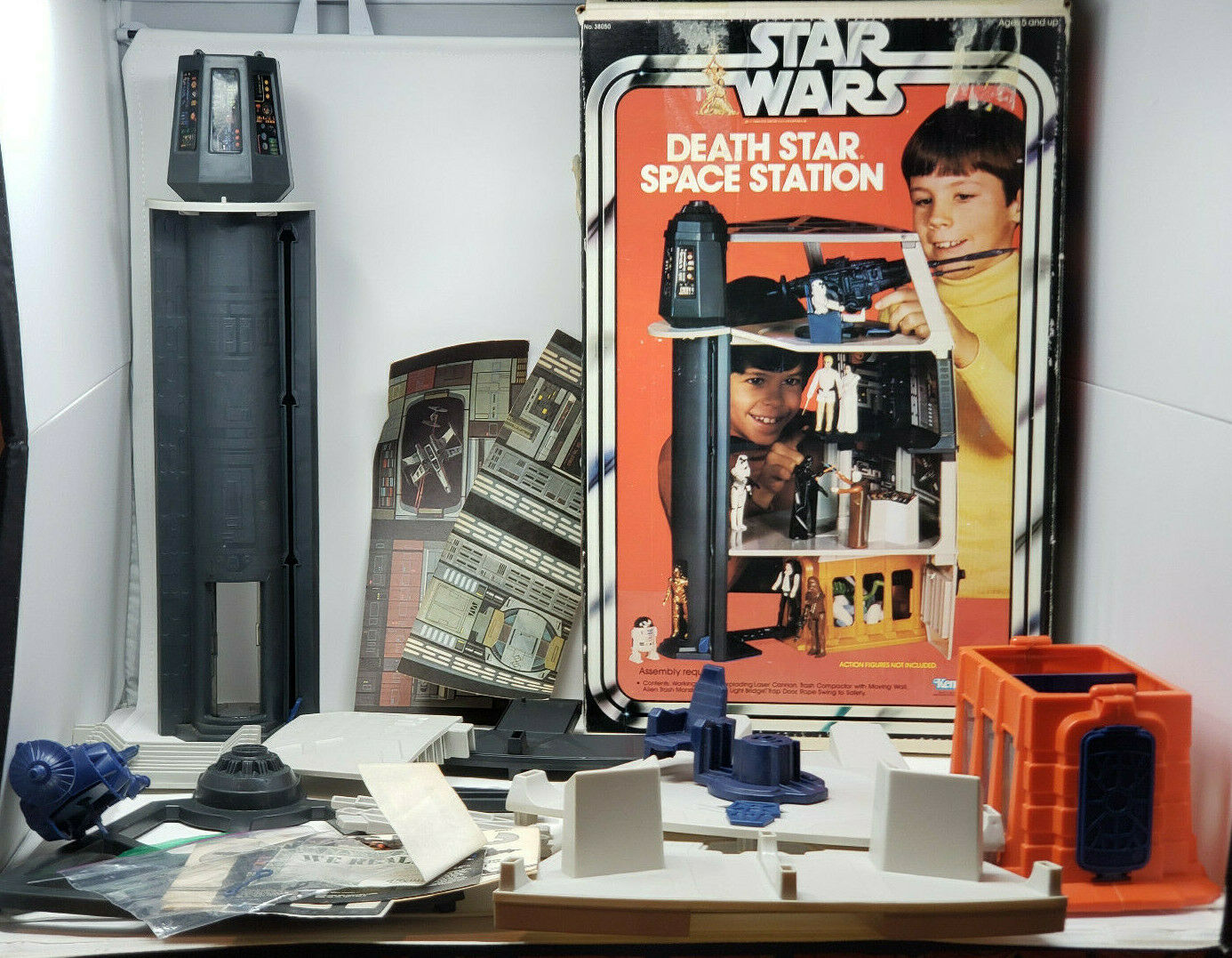 Classic Estrella Wars 1977 Death Planet Station Juego Kit with Caja and soga