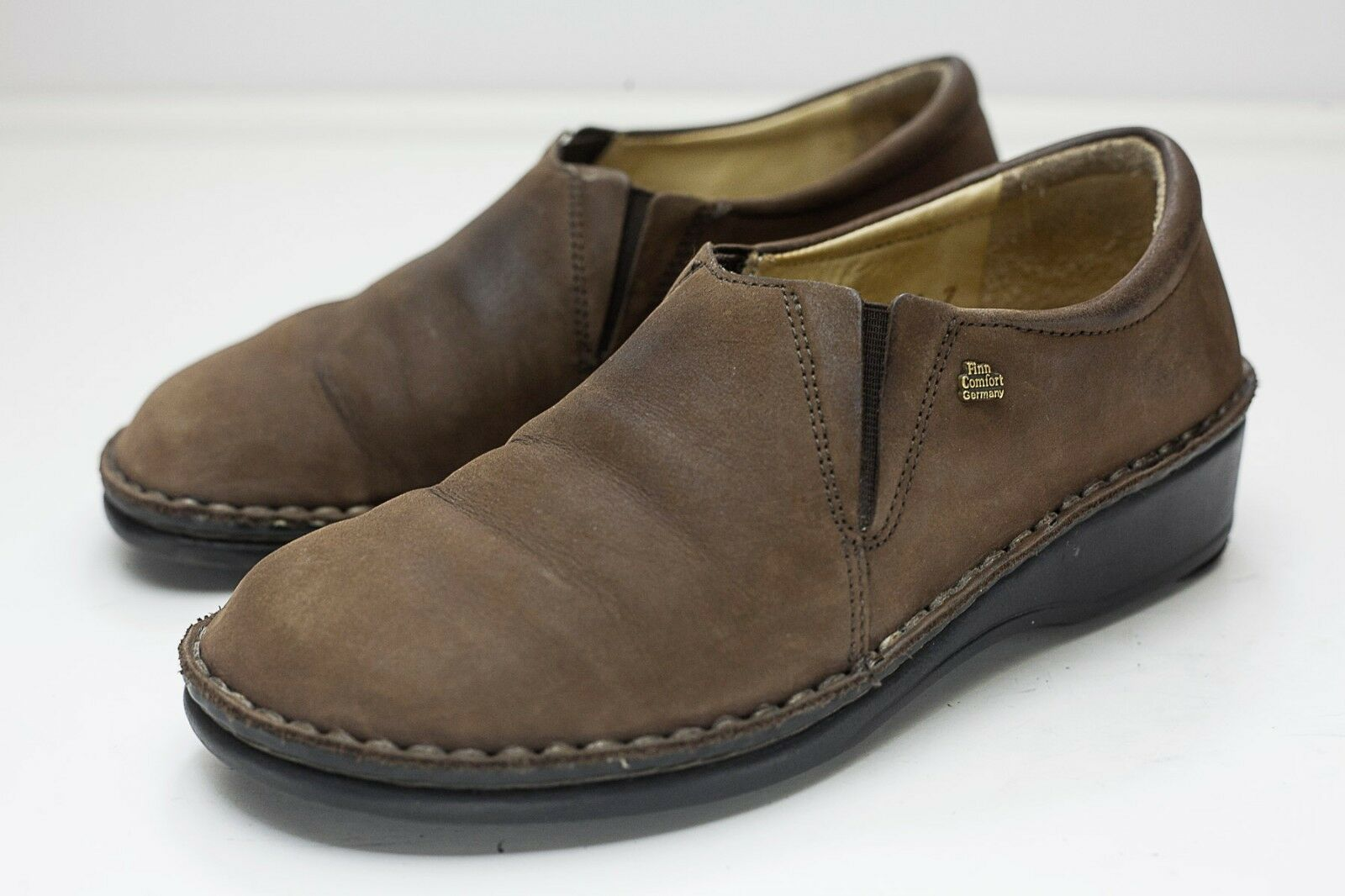 Finn Comfort 4 4.5 Brown Slip On Shoes Newport