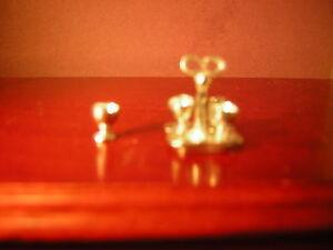 1/12th Dollshouse Miniature Metal Oeuf Salière Poivrière/coquetiers Par Warwick Miniatures-afficher Le Titre D'origine