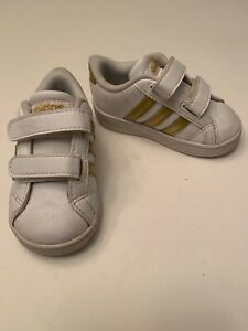 Retro Style Adidas Girls Sneakers Size