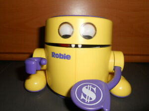 ROBIE-The-Banker-Radio-Shack-Tandy-Robot-Bank-Tested-Working-Very-Clean