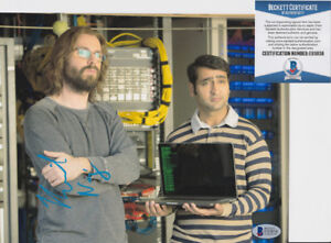 Kumail-Nanjiani-Silicon-Valley-Signed-Autograph-8x10-Photo-Beckett-BAS-COA-3