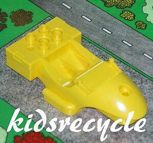 Lego-DUPLO-Toolo-ACTION-WHEELER-Part-MOTORCYCLE-RACER-BODY-Small-YELLOW-31381