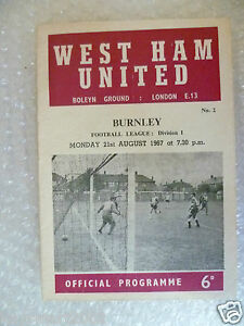 1967-WEST-HAM-UNITED-v-BURNLEY-21st-Aug-League-Division-One