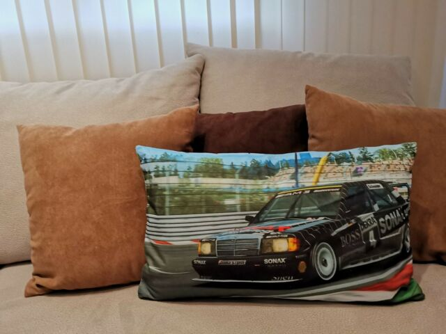 Kissen mit Mercedes Benz Motiv ZIERKISSEN OLDTIMER SOFA TEILE STRICH 8 AUTO 1426