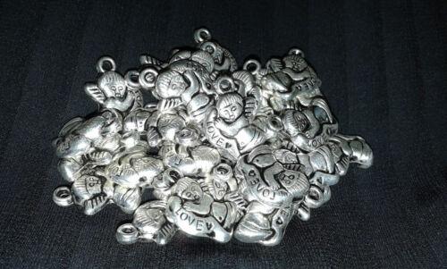 30 Liebesengel Anhänger 15x10 mm Charms Valentin filigran metall
