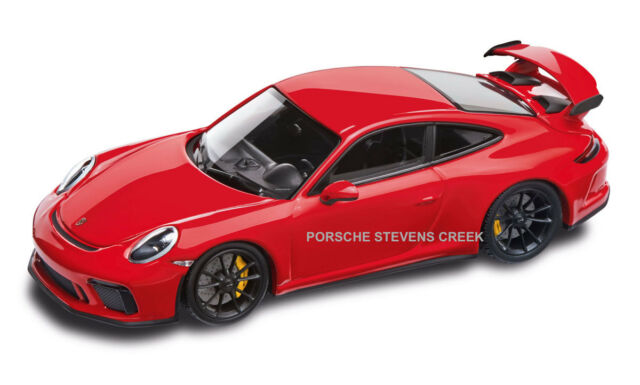 Porsche 911 GT3 Diecast Model 1:43 Scale Guards Red Black Interior Model Car