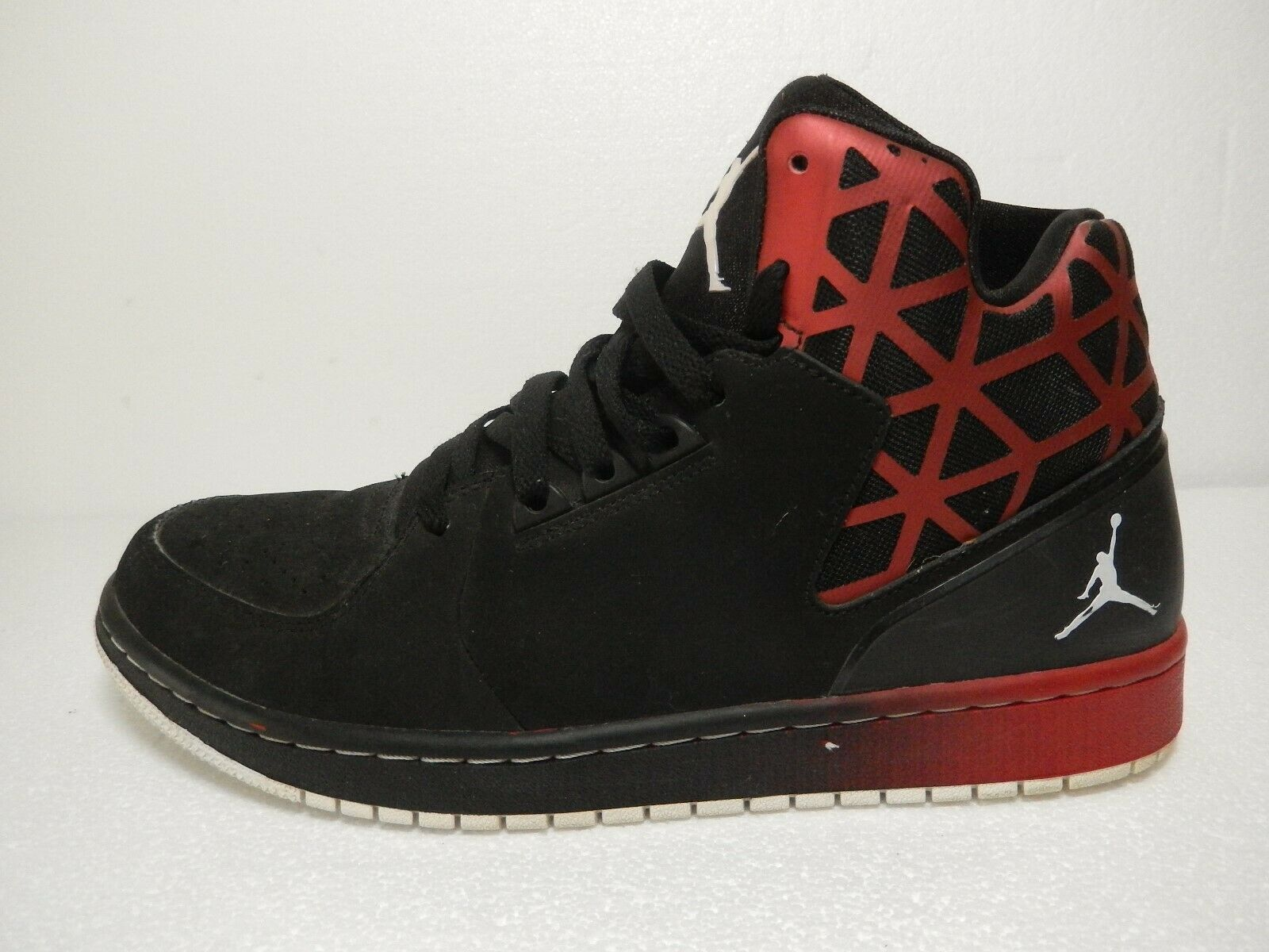 NICE  Nike Air Jordan 1 Flight 3 Men's Size 9.5 Black Red Pre-Owned 743188-001