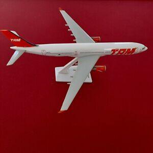 L&D🇫🇷 maquette Avion agence TAM brazil Airbus A330 1:200