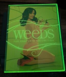Weeds  NEON  The Complete Collection   Seasons 1-8   Blu-Ray 16 Discs  Like New