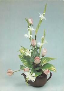 Flowers-rose-vase-tea-green-Postcard