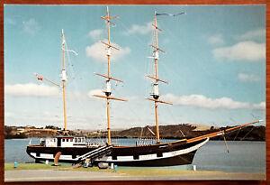TUI-Shipwreck-Museum-Waitangi-New-Zealand-Post-Card