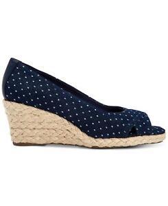 Charter-Club-Women-039-s-Shoes-Toniie-Fabric-Peep-Toe-Wedge-Denim-Dot-Size-7-5