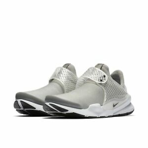 classic fit 4f25e 03d88 Image is loading NEW-Women-039-s-Nike-Sock-Dart-Slip-