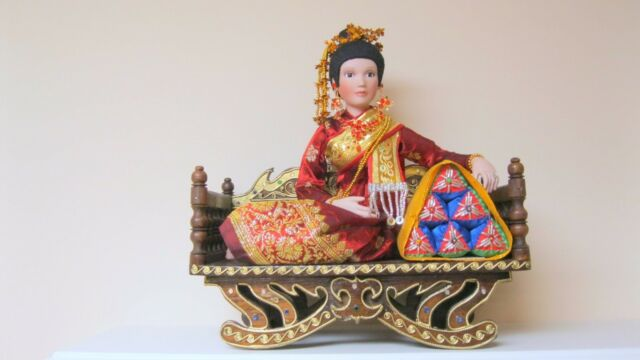 OOAK Thai Doll Female Character Ramakien Ramayana Handcrafted Porcelain New