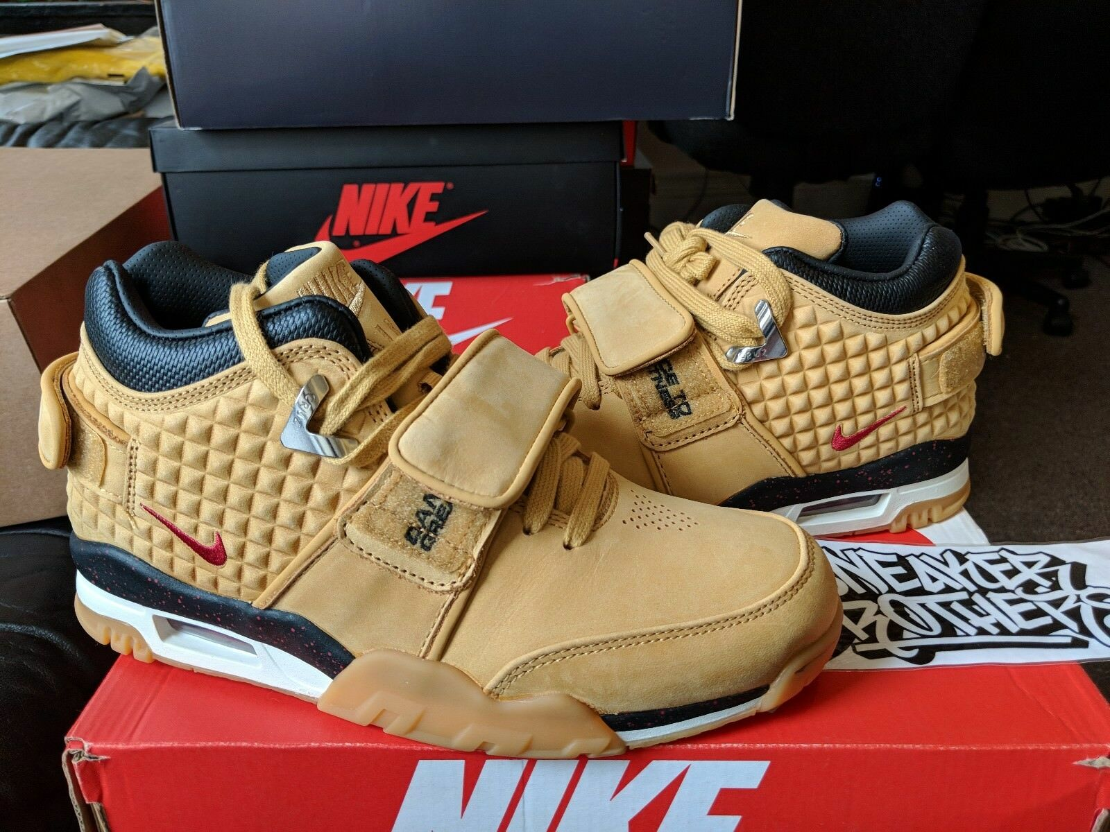 Nike Air Trainer Victor Cruz PRM Premium Haystack Wheat Gym Red Black 812637-700 Special limited time