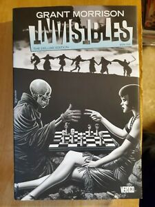 Invisibles-Deluxe-Edition-Book-Four-hardcover-excellent-condition-Grant-Morrison