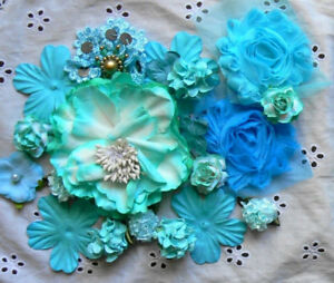 BLUES-amp-LIGHT-TURQUOISE-20-Flower-Petals-Mix-2-9cm-Paper-amp-Fabric-MHouse-amp-other-F