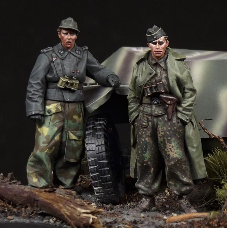 The Bodi 35082 1 35 WWII German SS Panzer Recon Crew