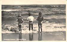 AK Ostseebad Koserow Saisoneröffnung Kinder am Strand nackte Po Postkarte